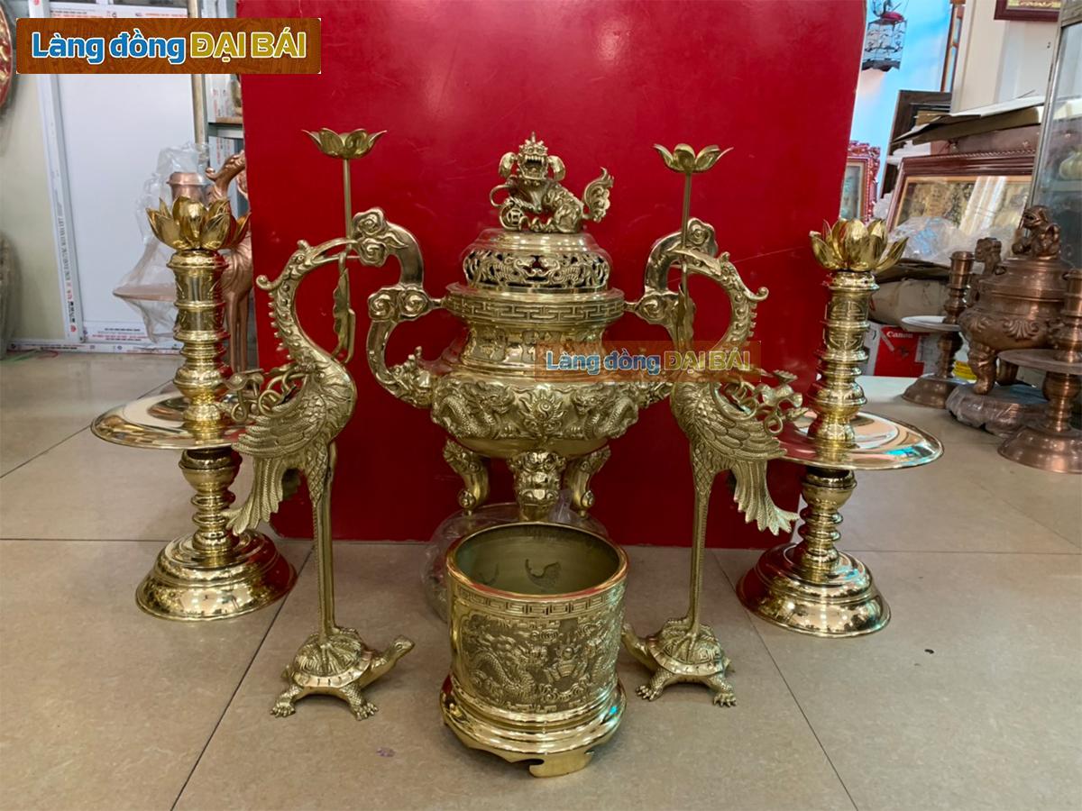 Bộ Đồ Thờ Cúng Đồng Bộ ngũ sự đồng vàng rồng phụng H90cm (81cm) + hoa nến+ hạc sen chùm MNV-DD18/90S-1
